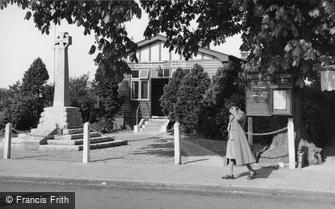 Hailsham, the Comrades Club and War Memorial c1955