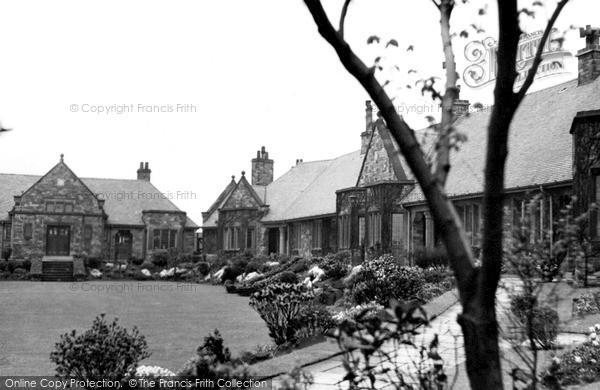 Photo of Halifax, Mackintosh Homes c.1955