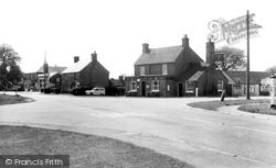 Cross Roads c.1965, Halland