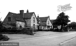 The Crown Inn c.1955, Hallow