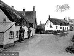 Village c.1955, Halse