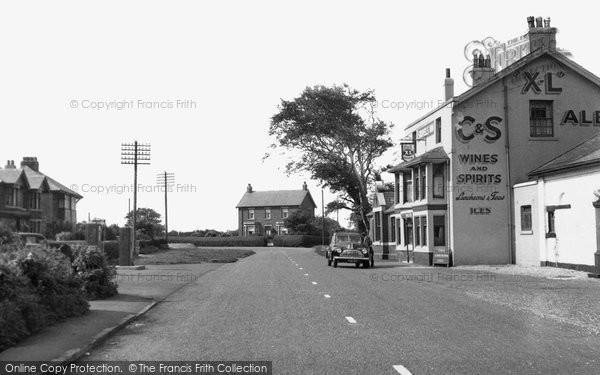 Photo of Hambleton, the Shovels Inn c1955