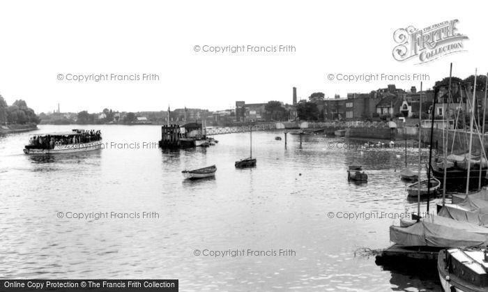 Hammersmith, the Dove Pier c1960