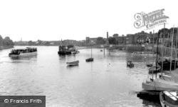 The Dove Pier c.1960, Hammersmith