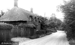 Hampstead Norreys, Newbury Hill c.1950