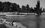 Example photo of Hampton Court Park