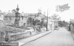 Harbottle, The Fountain And Star Inn c.1960
