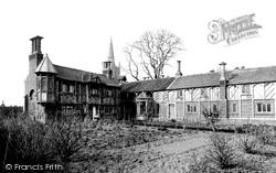 Schools 1890, Harlaxton