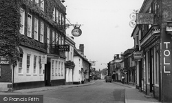 The Swan Hotel c.1955, Harleston