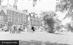 Harpenden, High Street c.1960