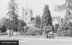 Harpenden, Parish Church c.1960