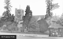 Harpenden, St Nicholas' Church c.1965