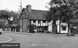 Sun Lane Corner c.1960, Harpenden