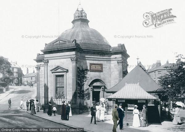 Harrogate, Royal Pump Room 1902