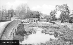 Harrold, The Bridge c.1960