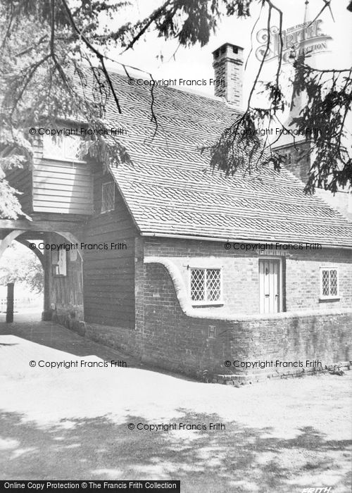Photo of Hartfield, Lychgate And Church c.1950