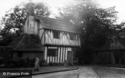 Hartfield, The Old Lychgate House c.1965