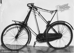 Hartlebury, Dursley Cycle, Worcestershire County Museum c.1960