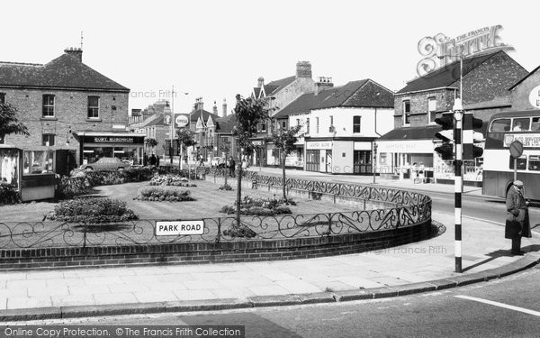 Hartlepool, Park Road and Gardens c1965