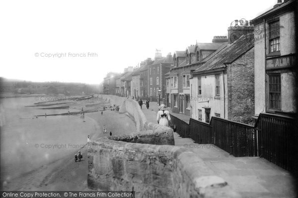 Photo of Hartlepool, Sea Wall 1914, ref. 67108