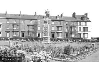 Hartlepool, War Memorial c1955