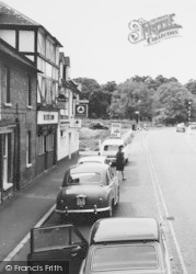 Hartley Wintney, Pubs In The High Street c.1960