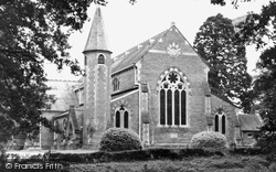 Hartley Wintney, St John's Church c.1960
