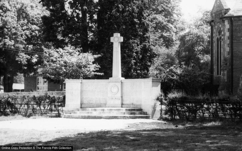 Hartley Wintney, War Memorial c1965