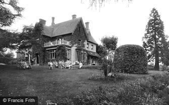 Haslemere, Church Hill Military Hospital 1917