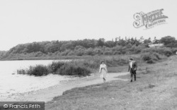 Hatchmere, Lake, A Couple c.1960