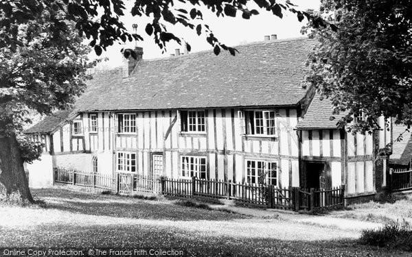 Photo of Hatfield, Church Cottage c1955, ref. H254006