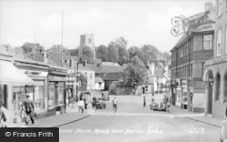 Hatfield, Great North Road And The Church c.1950