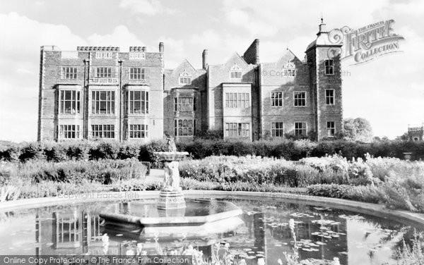 Photo of Hatfield, Hatfield House c1965, ref. H254061
