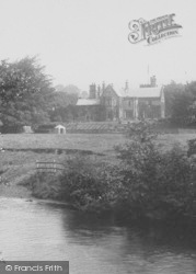 Nether Hall 1902, Hathersage