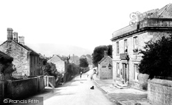 The Village 1902, Hathersage