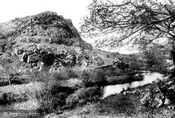 Haverfordwest, Trefgarn Rocks 1898