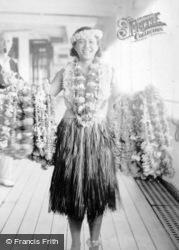 Arandora Star, Lei Girl c.1935, Hawaii