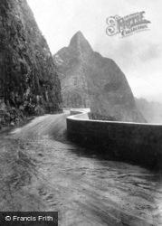 Old Pali Road c.1935, Hawaii