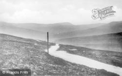 Hawes, Buttertubs Pass c.1935