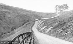 Hawes, Buttertubs Pass c.1955