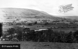 Hawes, From The North c.1950