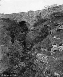Hawes, Hell Ghyll, Devil's Bridge 1911