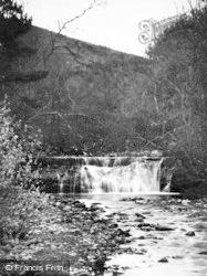 Hawes, Shaw Gill c.1932