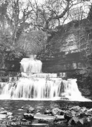 Hawes, The Falls, Cotterdale c.1932