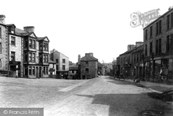 The Street 1900, Hawes