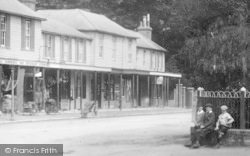 Boys And The Colonnade 1902, Hawkhurst