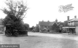Highgate 1902, Hawkhurst