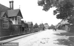 Highgate 1904, Hawkhurst