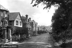 Moor Hill 1925, Hawkhurst