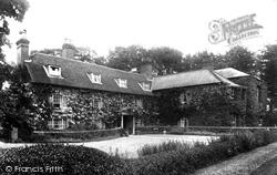 Queens Hotel 1902, Hawkhurst